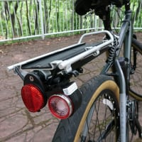 クロスバイクにバックを装備
