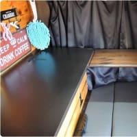 車内テーブル塗装(在宅勤務の合間にね・・・)