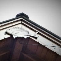 チヌの破風飾りその後~一人で建てる木組みの家~