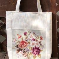 ニードルポイントのお花のバッグ