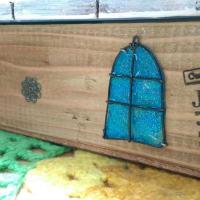 (★´・З・)ノ メルヘンお屋根のティッシュケース♪♪マニキュアでツヤツヤぷっくり質感の窓♪♪