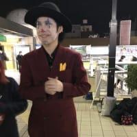 河合ゆうすけさん、その日最後の遊説先の松戸駅で熱唱が続きます!