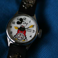 ミッキー・マウスの腕時計