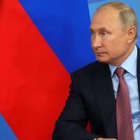 抜け目なくミサイル売り込み :プーチン大統領 地対空ミサイルS-300とS-400の購入をサウジアラビアに提案。
