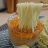 19209 中華そば大勝@金沢 6月26日 彩りよく盛り付けられた懐石料理のような!涼し気なガラスのワンプレート! 「彩冷やし担々つけ麺」
