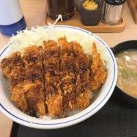 かつや(ソースカツ丼+小さい豚汁)@溝の口に行きました。