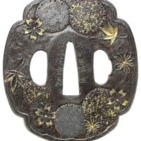 桜楓に雪輪図鐔 埋忠重義 Shigeyoshi Tsuba