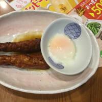春山菜の天ぷらで一杯ですよ。