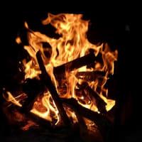 焚き火と瞑想 (B&M)