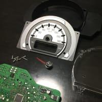 愛車 スズキ ハスラー メーターパネル LED 打ち替え作業