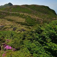 くじゅう、ピンク色の星生山へp4(星生山の端に取りつき)