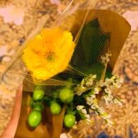 お花を飾ると気分も変わる♪