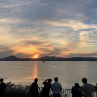 """外人墓地から""""秋の夕陽""""を見物..."""