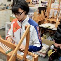 綿作りから糸へ 糸から織りへの手織り教室
