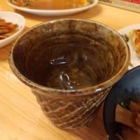 """ M1658 熊本駅肥後よかモン市場『北熊(ほくゆう)』に初訪問。鶏&野菜スープに黄色い中細ちじれ麺の組合せなので""""北海道風熊本ラーメン""""として楽しみました!〔付:『SWISS』のケーキは・・〕"""