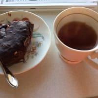2/13 フリースペースSAKIWAIで、HMでショコラケーキを炊飯器で作りました。