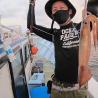 6/22(火)本日キャンセル有り超少人数での出航もマイカ一升瓶サイズゲット!!根魚も全員型良くゲット(*^^*)ノ
