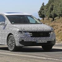 【VW】開発を進める新型の高級ミニバン「Viloran」の開発車両をスクープ!