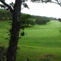 穏やかな初秋のゴルフ場