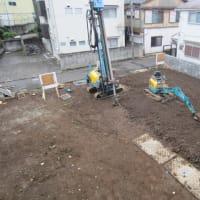遂に始まった隣地の住宅建設工事 騒音が続く中での施術にも高評価が続きます