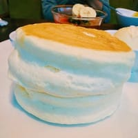 ふわふわパンケーキはサンポカフェで