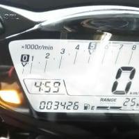 2019/08/24>GSX-S1000 フロントタイヤ交換