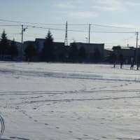 小学校のスケートリンク