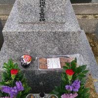 本日は枚方長尾へ墓参り。今回は父の祥月命日(しょうつきめいにち)の直前なので。先祖供養マニアの私は年に7回以上お墓参りに行きます。皆さんは何回お墓参りに行きますか。
