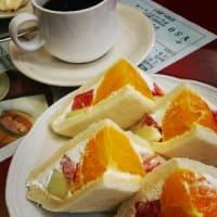 静香 / サンド2種とホットケーキ