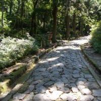 日本一長い自然石 石畳みの道