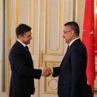 トルコの副大統領がウクライナの新大統領と会談