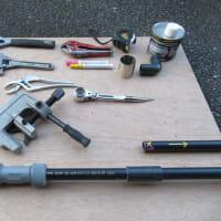 圧着断水機を使い 漏水修理