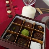 チョコレート作りのレッスンへ
