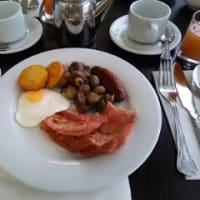 ホテルの朝食バフェから