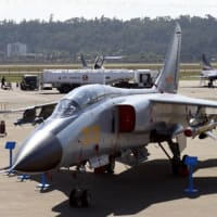 中国機、海自の護衛艦標的に訓練探知能力秘匿を優先し政府非公表