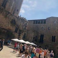 陽光降り注ぐ暑い町、青い海,青い空イギリス人の理想郷バルセロナ....暑いのが苦手な私も魅了した4日間