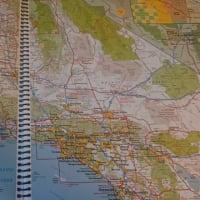 本や映画でカミサンポ:『黄金州の殺人鬼』でカリフォルニア州サクラメント~アーバインまで