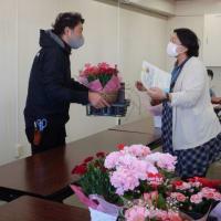 登米市産花きと生花店のコラボ企画第3弾「母の日」特別販売会開催