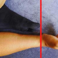 足のサイズを足を触らずに測定する方法