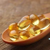 フィッシュオイルを長期間摂取することで得られる健康効果は?