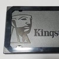 SSDに換装する。