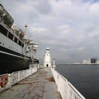 横浜港 By 空倶楽部