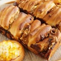ハム卵パンとマシュマロとチョコレートのパン