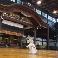日本武道の聖地、京都「旧武徳殿」。夏休みの1日だけ、京都市スポーツ教室居合道でお稽古
