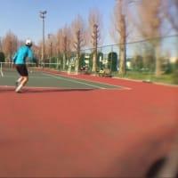 ■ラリー 走りながらどこにどのようにして打つのか?を意識する 〜才能がない人でも上達できるテニスブログ〜