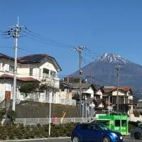 富士山の雪が消えてきました