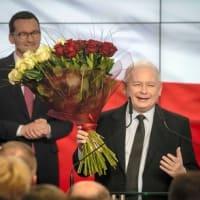 ポーランド  保守ポピュリズム「法と正義」政権で進む非リベラル・中国型モデル