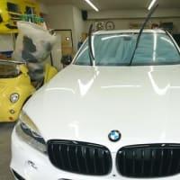 業者様からご用命頂きPITで「BMW・X5」を撥水コーティングを実施!