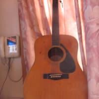 10月18日 今日の一枚!「生ギター!」