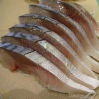 脂のり半端ないって!今日は石巻の「金華さば」で手作りをした「生ら(なまら)〆さば」新登場!!刺身と手作り干物の専門店「発寒かねしげ鮮魚店」。